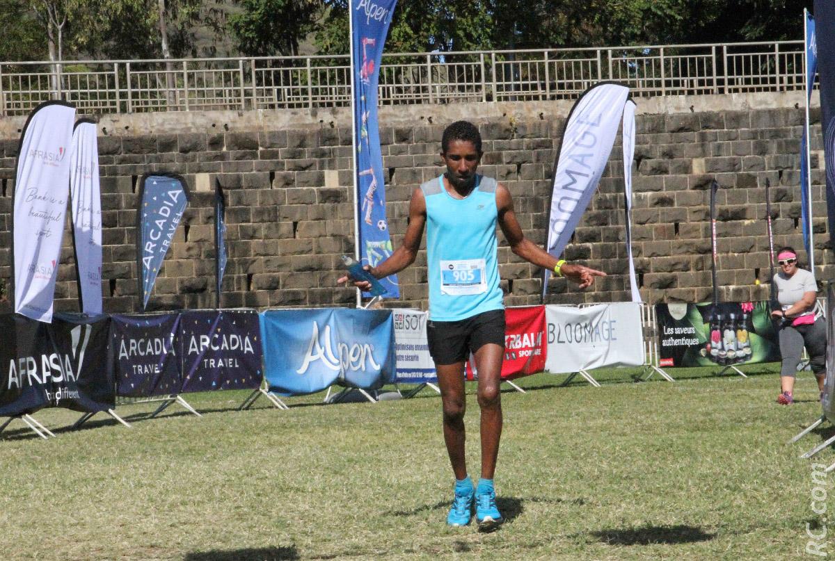 Thomas Zoé, vainqueur sur 10 km