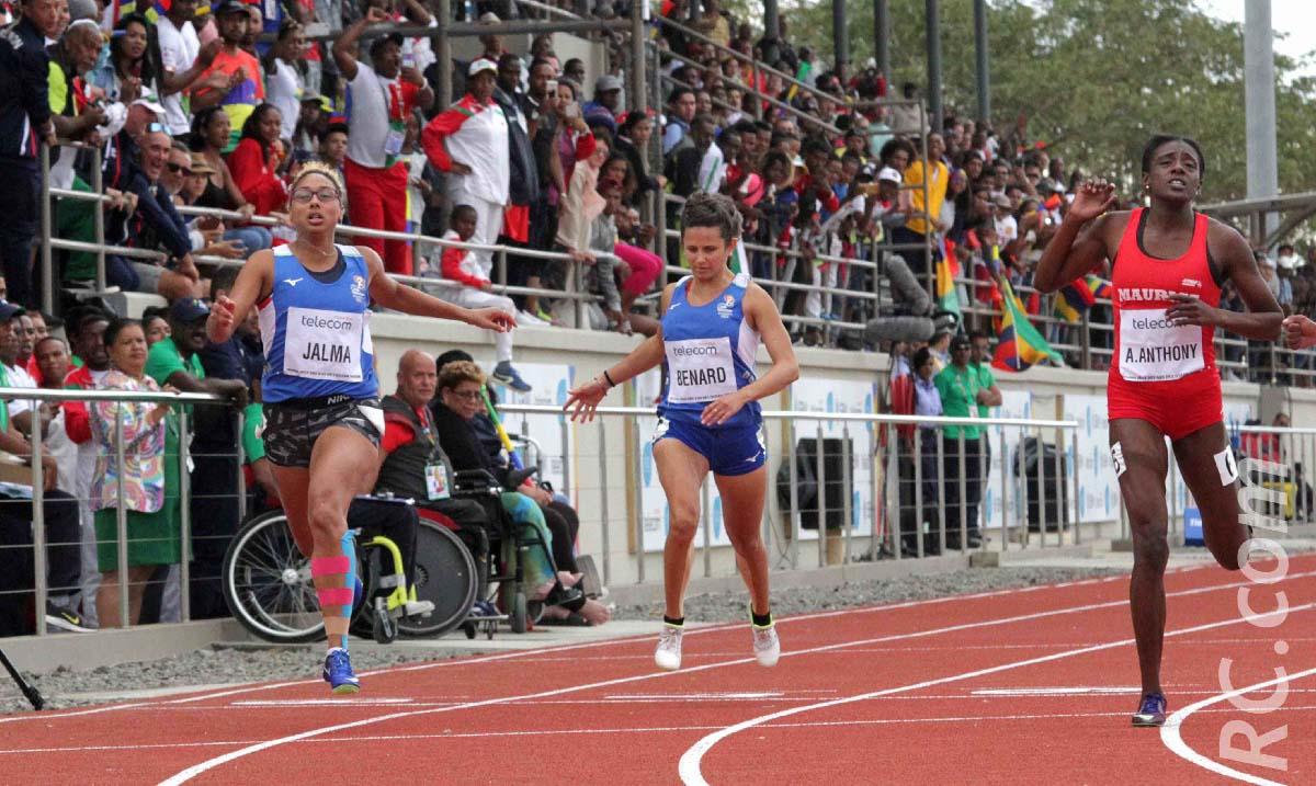 Médaille de chocolat pour  Myriam Jalma et 6ème place pour Lilas Bernard sur le 100m