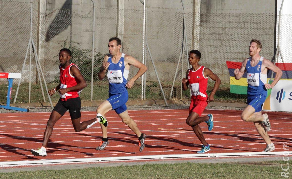 Vincent Hoareau et Yvain Heidinger ont bataillé ferme sur le 800 m