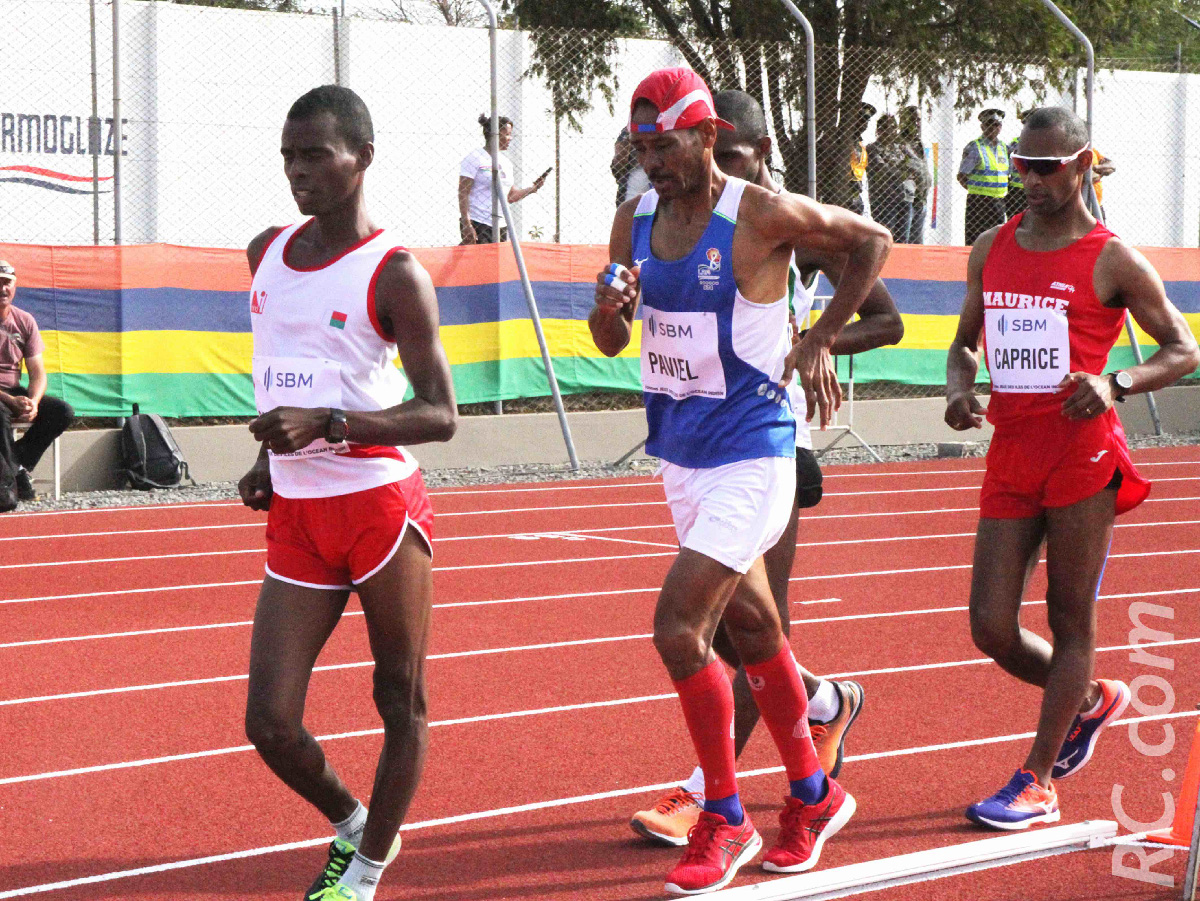 Sur le 10 000 mètres marche, Philippe Paviel y est allé au courage face à des athlètes plus jeunes