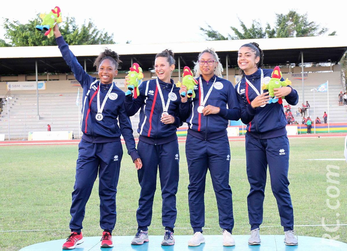 La Réunion en l'air sur le 4x100 m