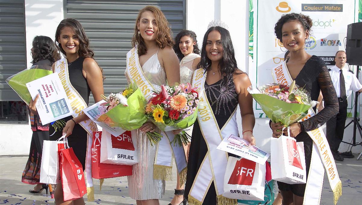 Marie Frontin, 2ème dauphine, Julie Diemahave, 1ère dauphine,  Audrey Beaudet, Miss Le Port 2019, et Gwendoline Bordier, Demoiselle d'Honneur