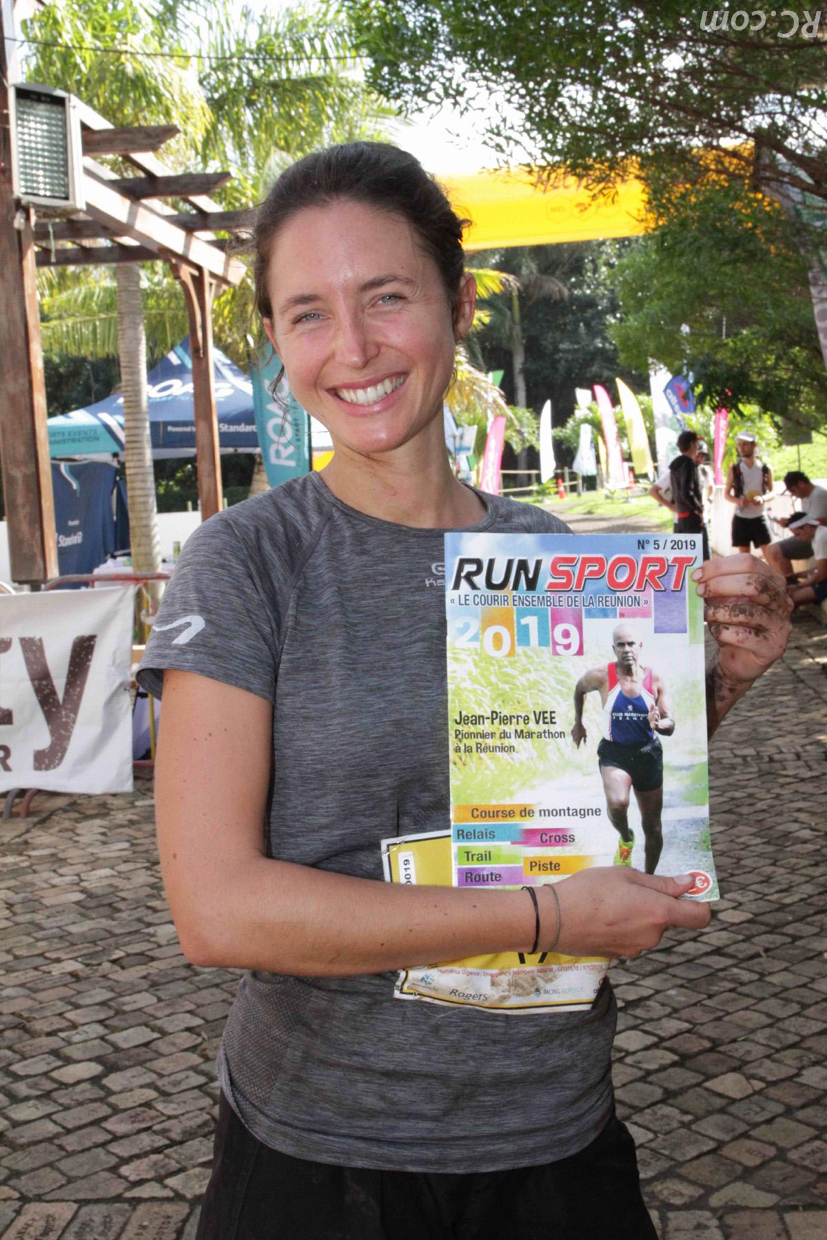 Léa Cavelier 4ème senior des 53 km, a adopté Run Sport
