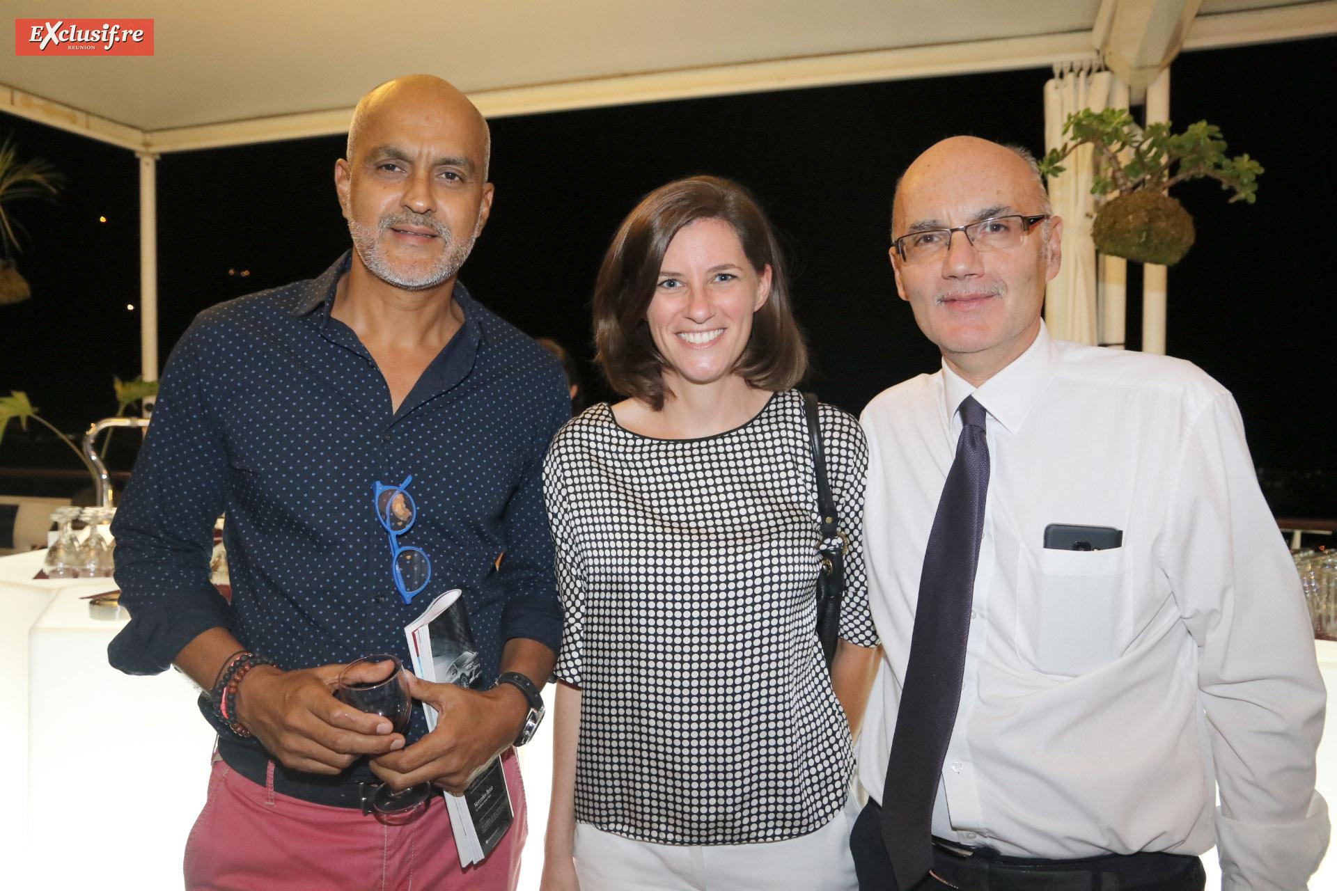 Patrick Verny, directeur AC2V, Pauline Boissimon, responsable communication et marketing Total Réunion, et Thierry Pierrat, directeur régional AG2R La Mondiale