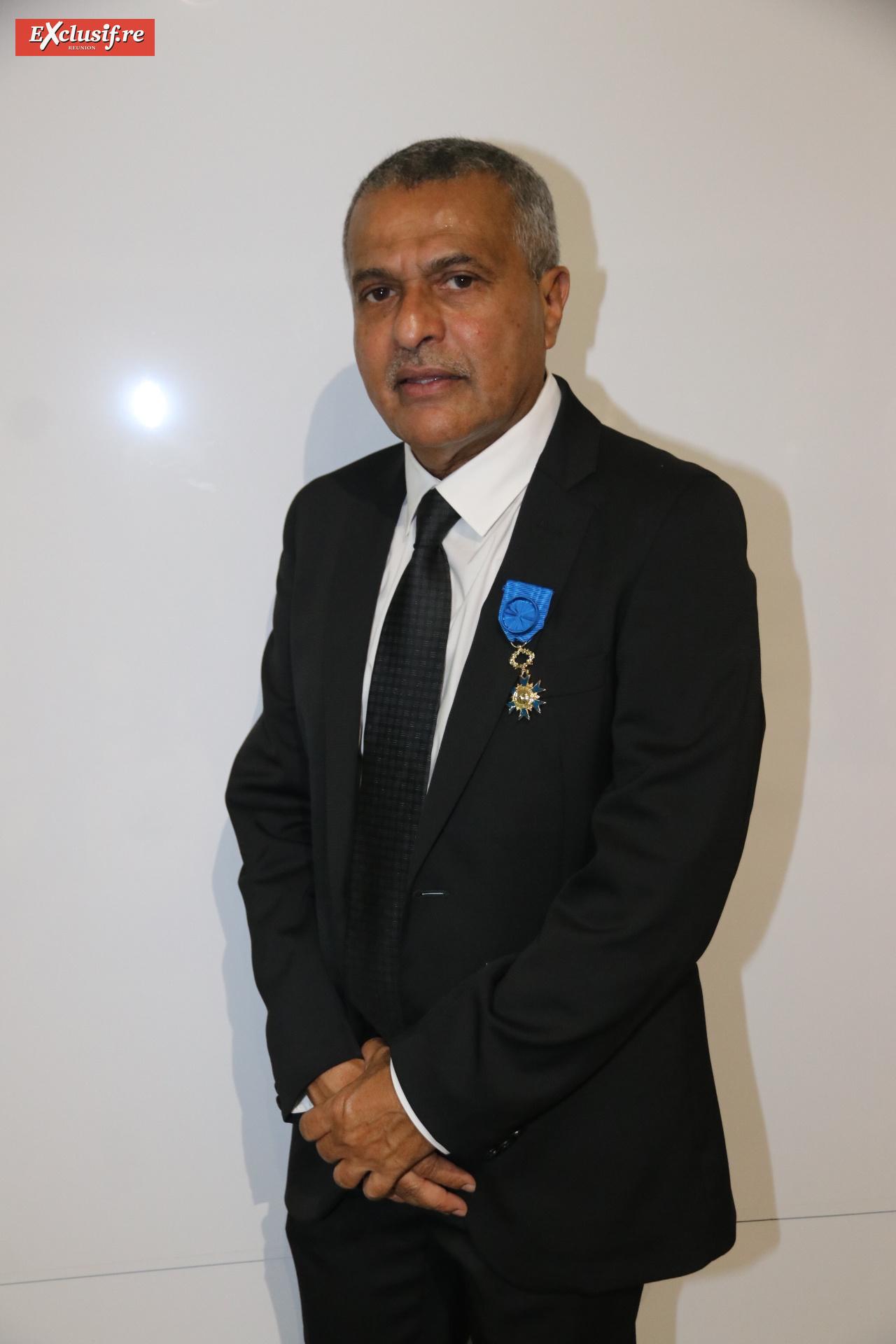 Younous Ravate, chef d'entreprise et consul honoraire de l'île Maurice, officier de l'Ordre National du Mérite