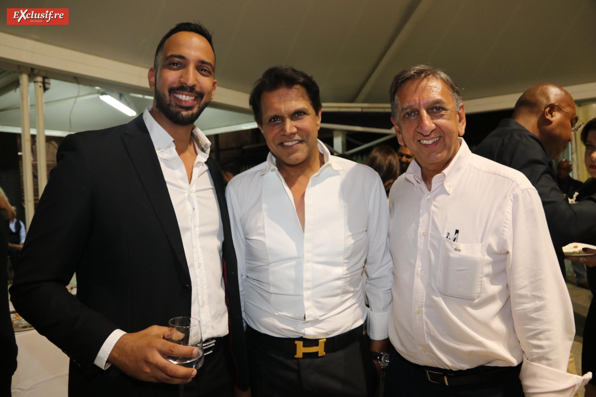 Ryad Bentami, Farouk Mangrolia, directeur des ventes Volvo et Lexus, et Aziz Patel d'Exclusif Réunion