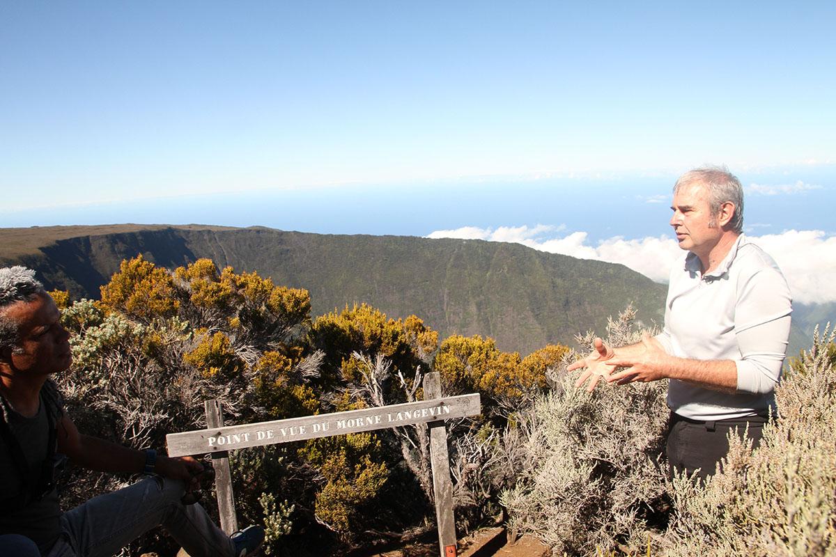 Sur le site du Morne de Langevin, l'interview de Jean-Philippe Delorme, directeur du Parc National de La Réunion
