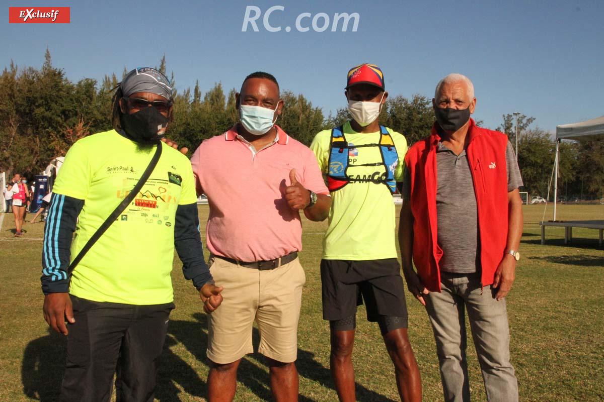 Le président de Trail Rando Passion, Jean-Patrice Payet et ses dalons accueillent Jan-Claude Prianon, président de la Ligue Réunionnaise d'Athlétisme