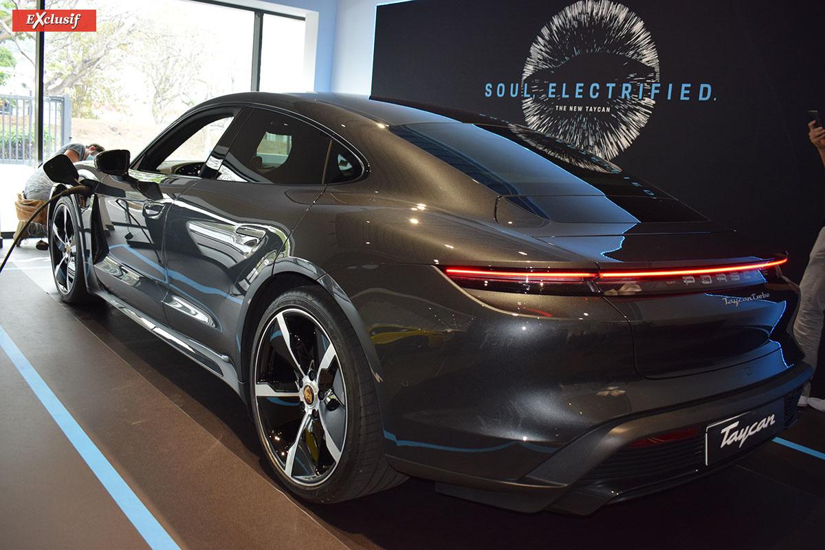 Taycan: la première Porsche 100% électrique est arrivée dans l'île