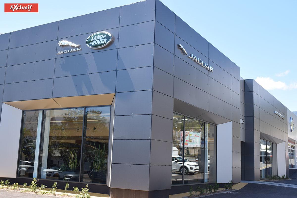 Les showrooms Jaguar et Land Rover de Kolors Automobiles ont pris un coup de jeune, et le résultat est à la hauteur de ces deux marques