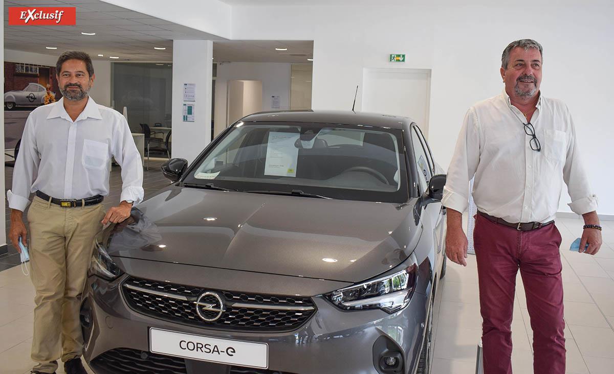 Les retrouvailles d'Amine Dessaye et de Jean-Charles Cotto: tous deux ont travaillé ensemble chez Kolors Automobiles pour Opel dans les années 80