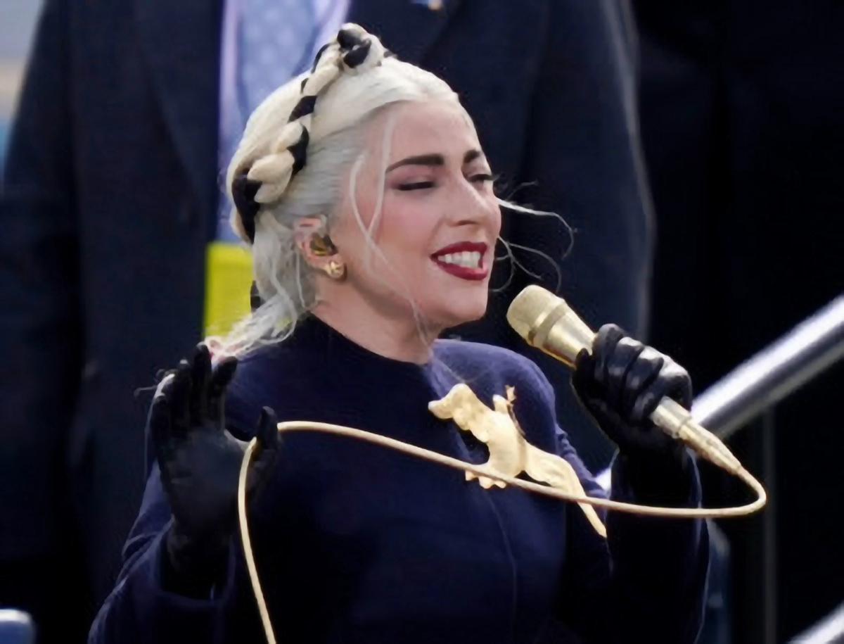 Lady Gaga a entonné l'hymne national