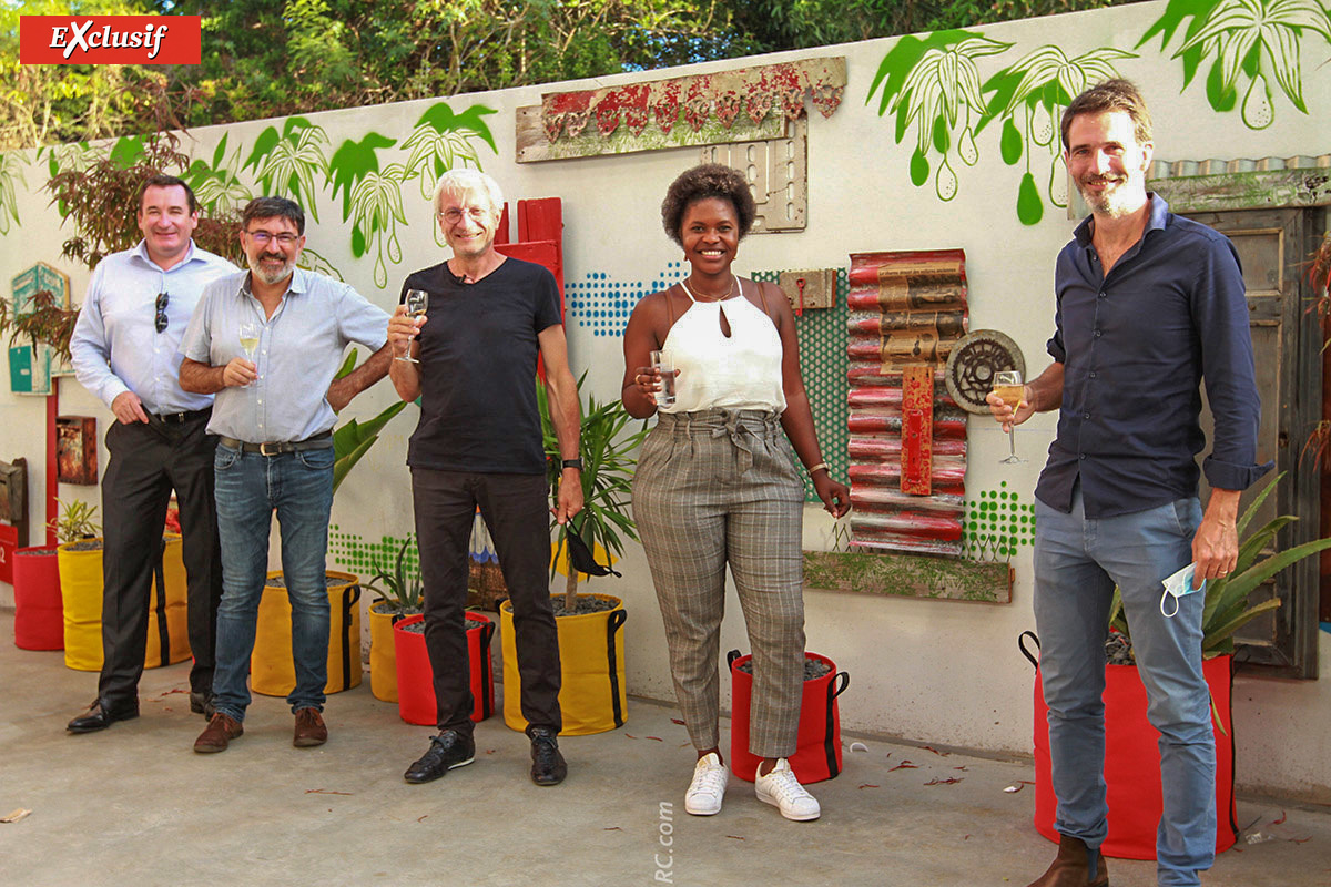 Pascal Turonnet, directeur général du groupe Exsel, Fabrice Manson, consultant, Christian Bertetto, propriétaire de l'hôtel, Ali Soraya, directrice de l'hôtel, et Nicolas Depréaux, directeur marketing du groupe Exsel