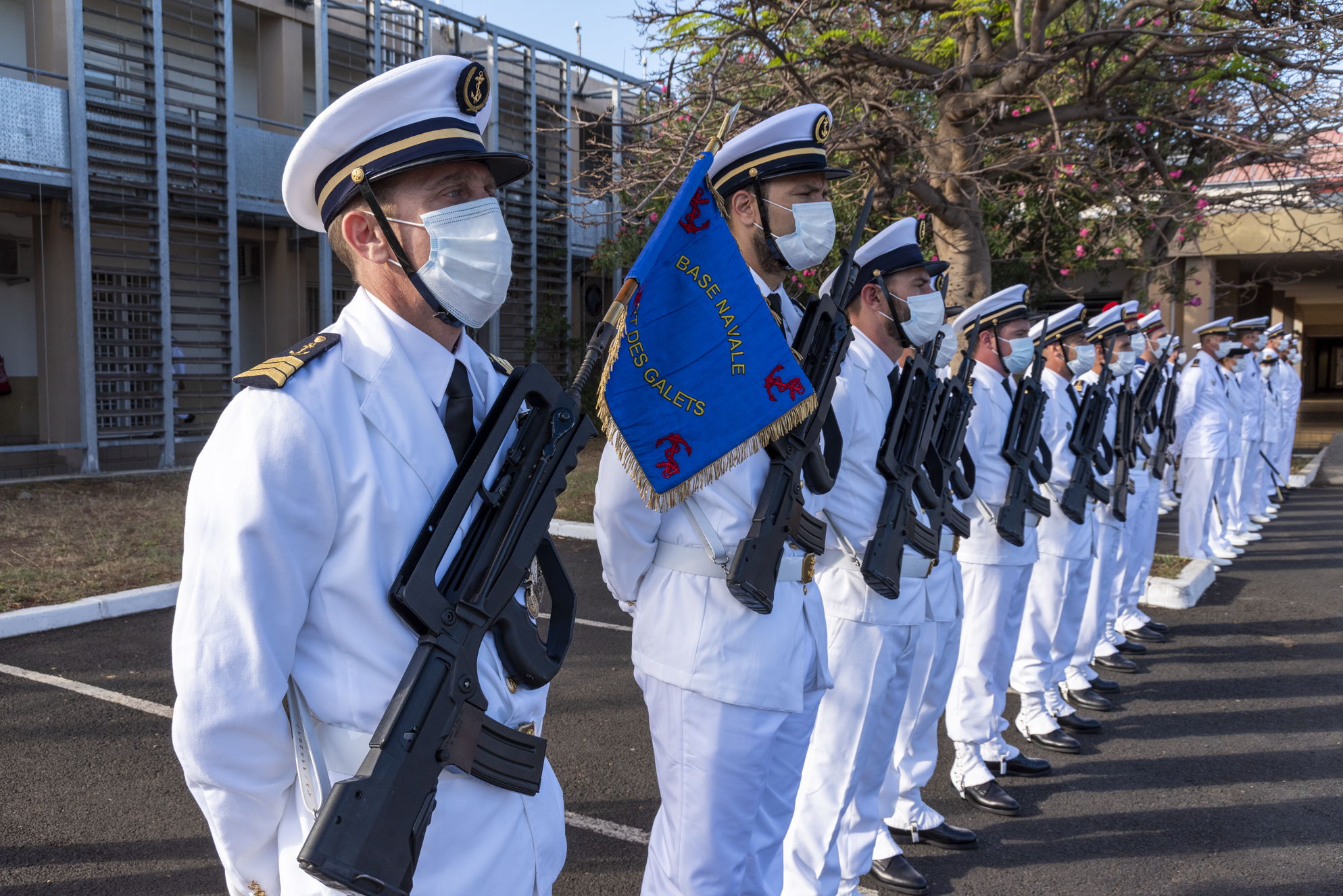 Cérémonie à la Base Navale du Port