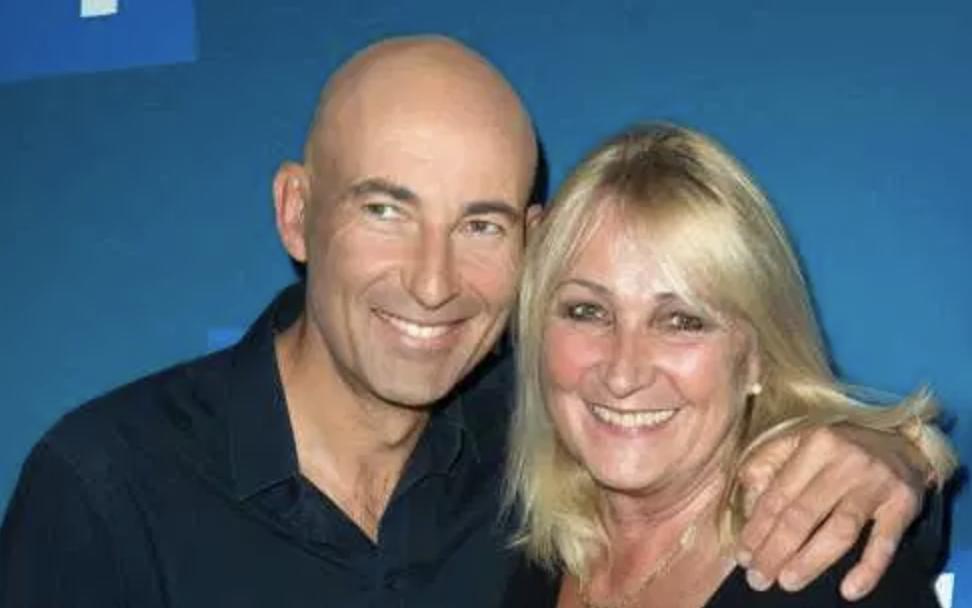 Avec son complice Nicolas Canteloup, lui aussi écarté d'Europe 1 après 16 ans d'humour à l'antenne