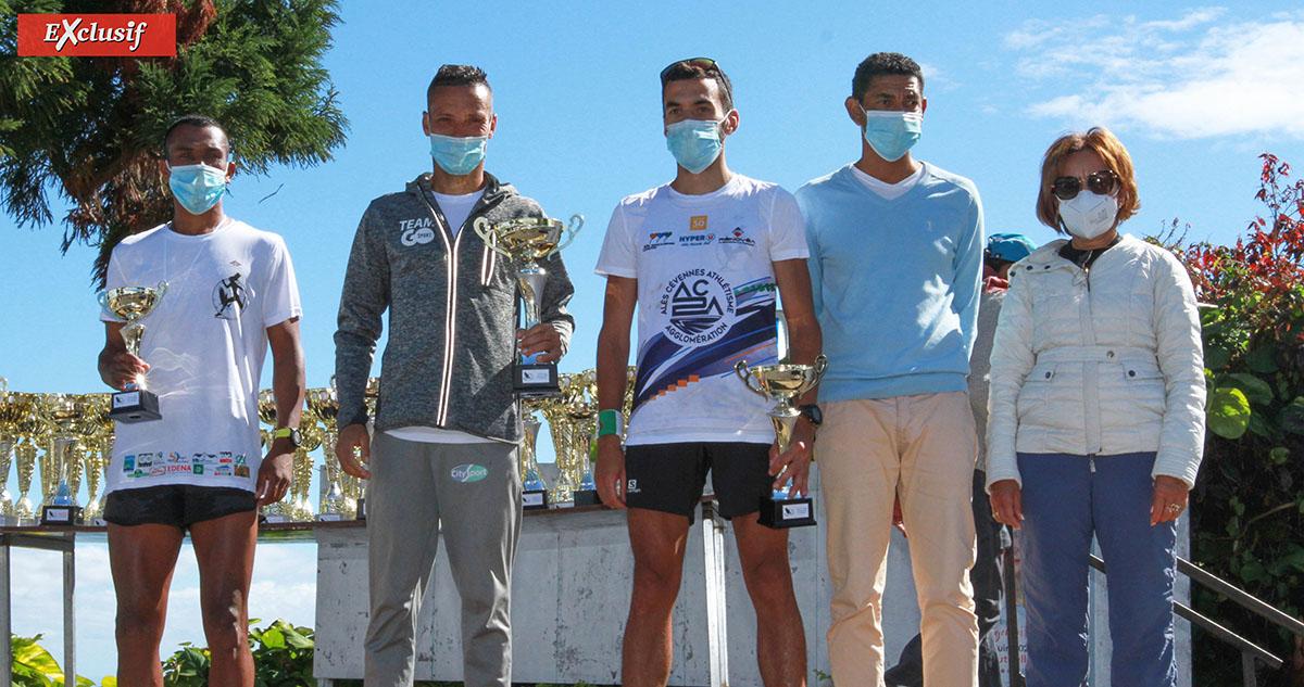 Le podium des 24 km: Didier Barret, Adrien Chouchou et Ludovic Jasmin