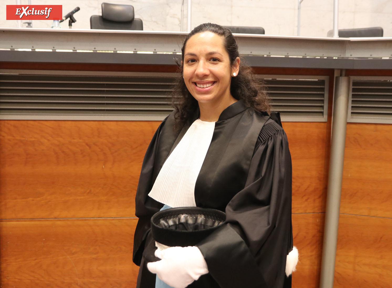 Carmelita Dijoux, Substitute placée
