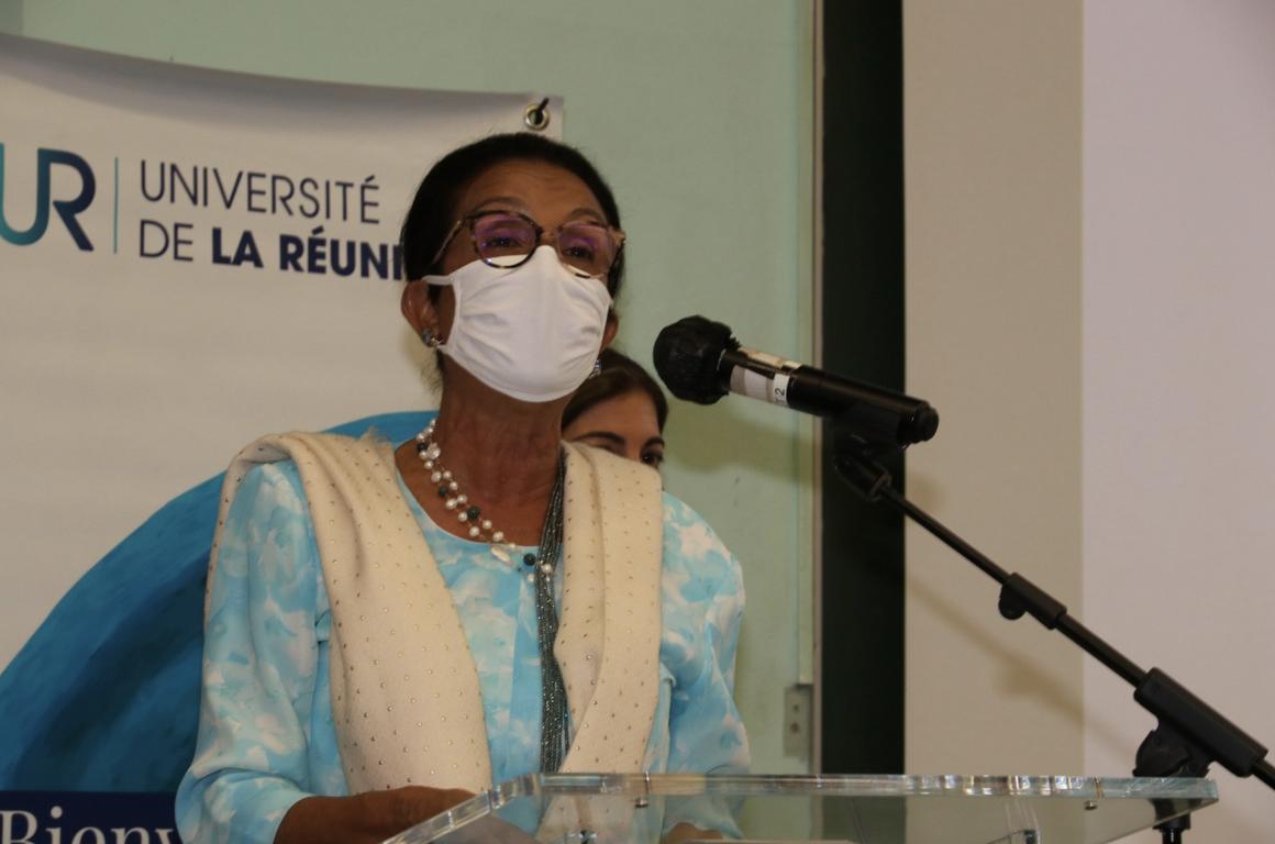 Huguette Bello, présidente de la Région
