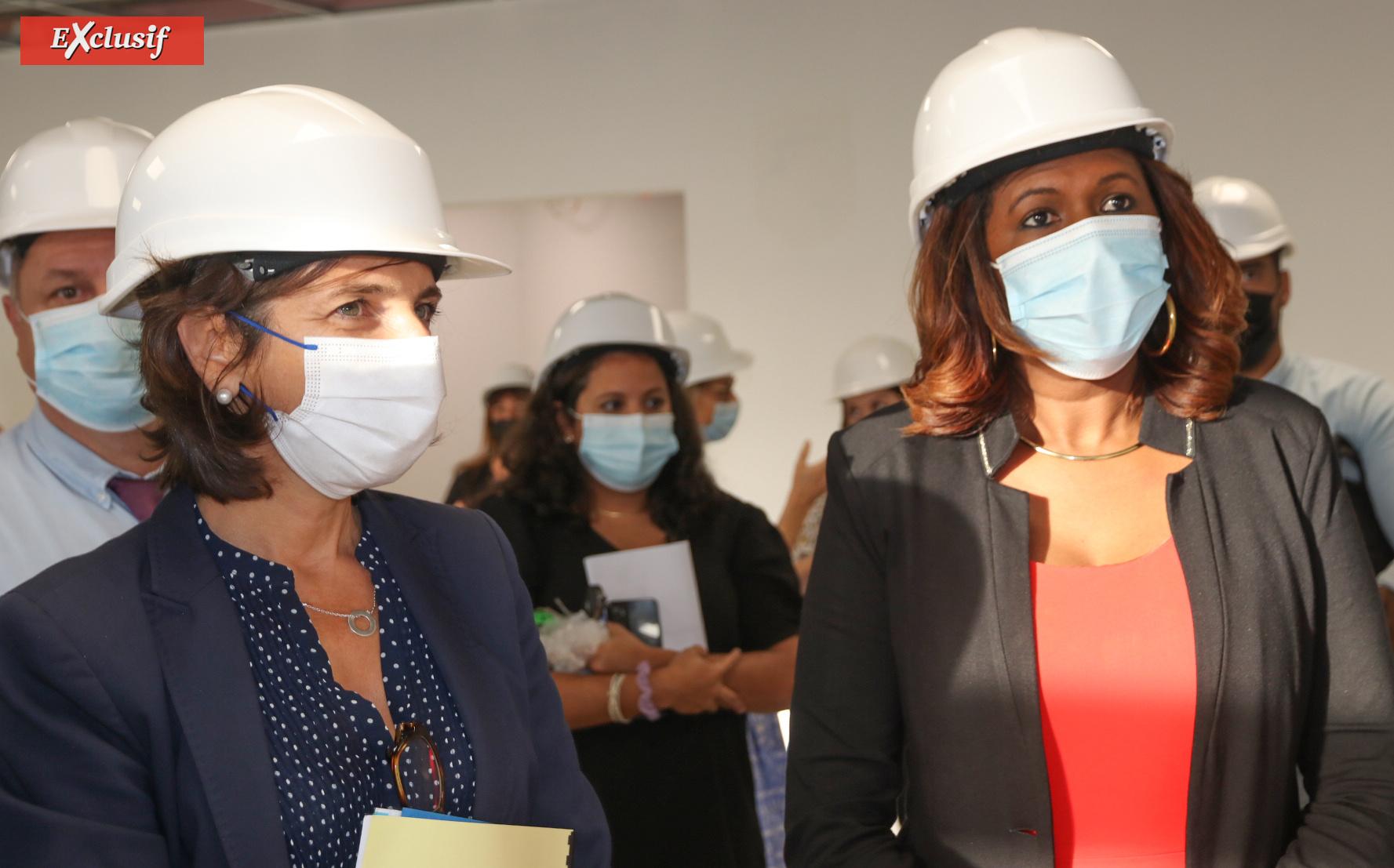 Nathalie Elimas, Secrétaire d'Etat chargée de l'Education prioritaire, et Céline Sitouze, vice-présidente de la Région déléguée à l'éducation