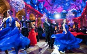 """Premier Bal """"Paramour"""" à la Mairie de Paris le jour de la Saint-Valentin"""