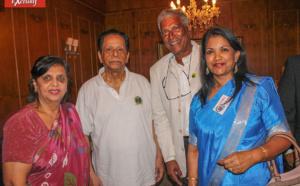 Sarojini et Anerood Jugnauth avec ses invités réunionnais