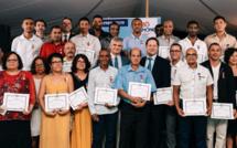 Les médaillés avec les dirigeants de l'entreprise